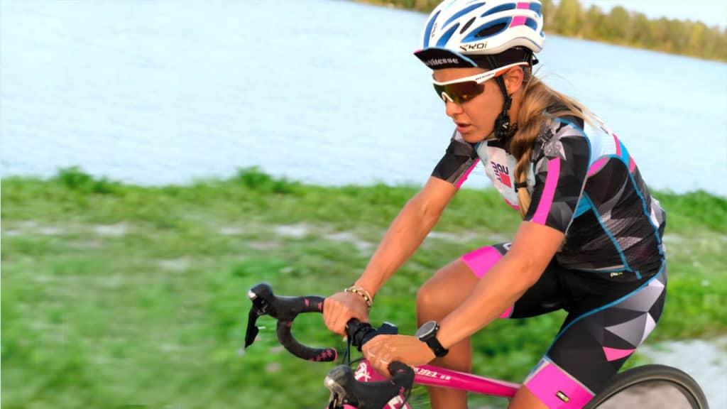 Julia Mayer Radbekleidung Läuferin